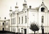 Церковь училища
