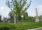 Остатки кладбища