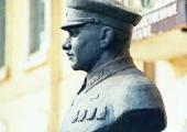 Памятник-бюст И. Ф. Федько