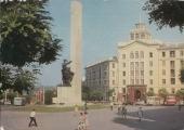 Памятник Освобождение и гостиница Кишинэу