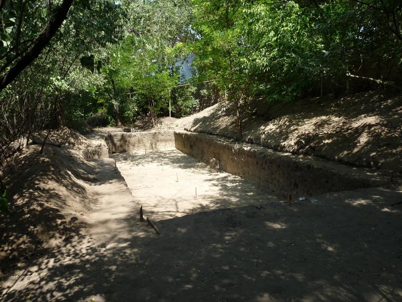 Раскопки на средневековом кладбище