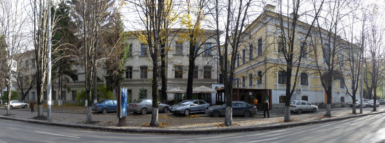 Кишинев Новый семинарский корпус, фотография 2009 года.
