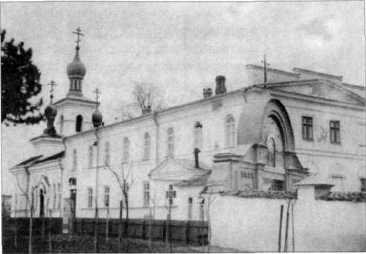 Вид Покровской церкви после 1892 года.