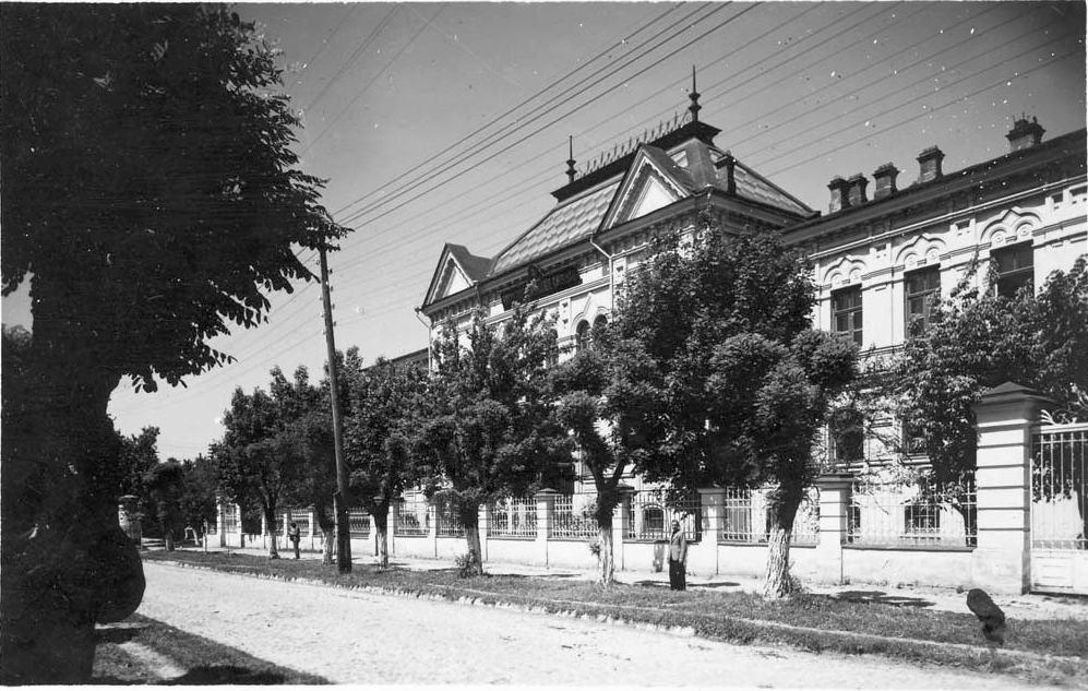 Новый семинарский корпус, снимок 1930-х гг.
