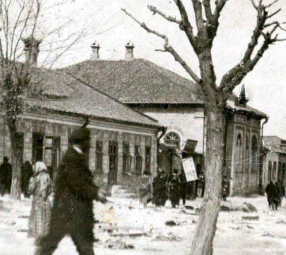 Килийская между Гостинной и Николаевской, Гуцулёвская синагога, 1903 г. (нынешние ул. Толстого между ул. Анестиаде и ул. Старостенко).