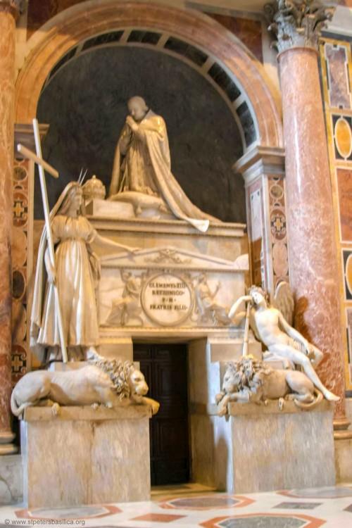 Надгробие папы Климента XIII в Соборе Святого Петра в Ватикане. Фотография нашего времени (http://stpetersbasilica.info).