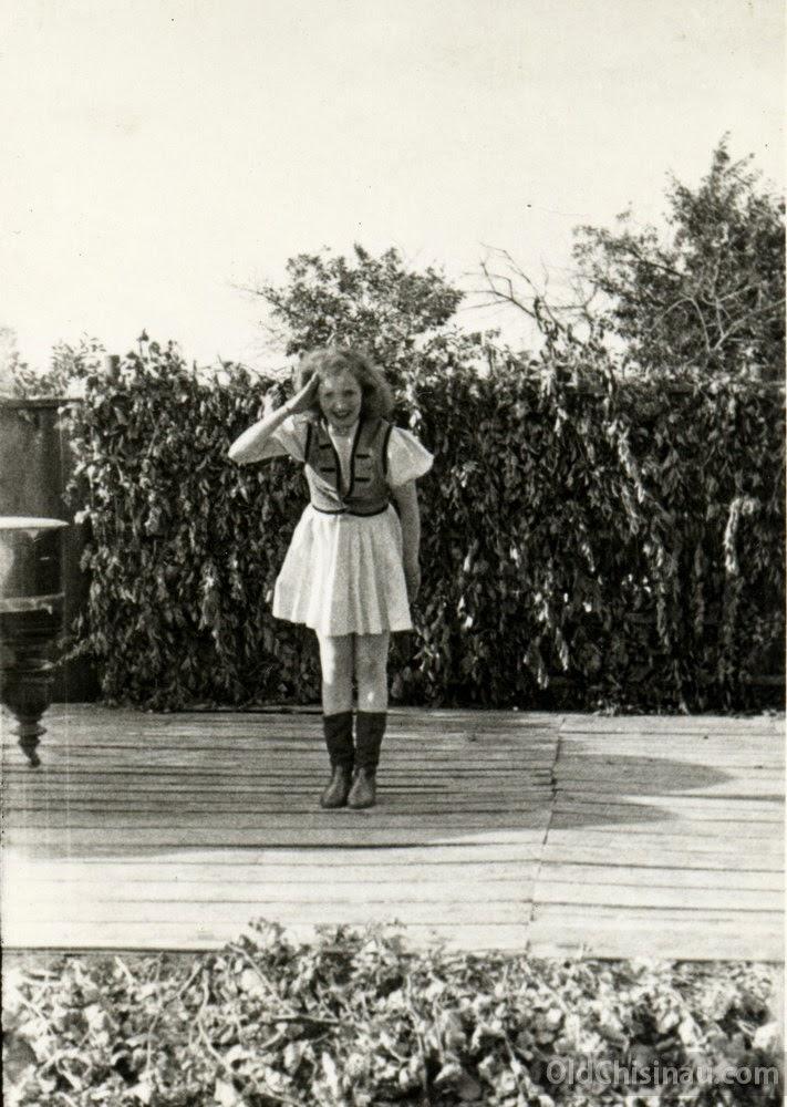 Salcia Variete 1944 2a