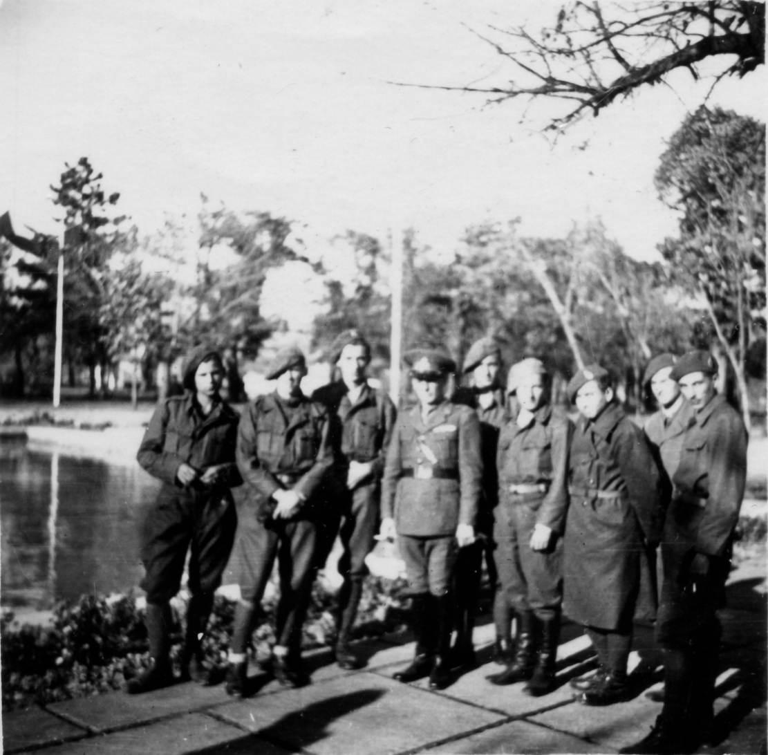 Румынские солдаты в Городском Саду, октябрь 1942 года.